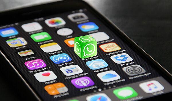 Was bedeuten die Änderungen bei WhatsApp? - Schule.at